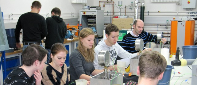 Students in the Laboratory for Thermodynamics and Energy Technology, Copyright FH Aachen