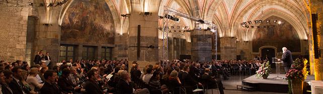 Absolventenfeier des Fachbereich Maschinenbau und Mechatronik im Krönungssaal des Aachener Rathauses